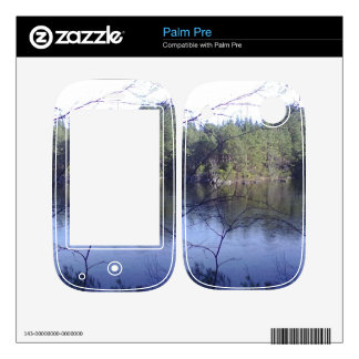 Small lake and trees skins for the palm pre