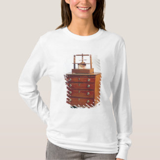 Small Mahogany chest of drawers by Sheraton T-Shirt