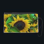 "Small pocket sunflowers wristlet<br><div class=""desc"">Small pocket sunflowers</div>"