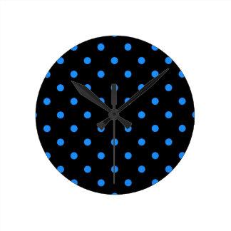 Small Polka Dots - Dodger Blue on Black Round Clock