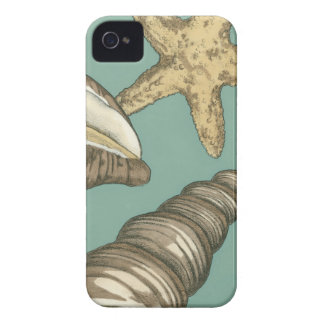 Small Shell Trio on Teal iPhone 4 Case-Mate Cases