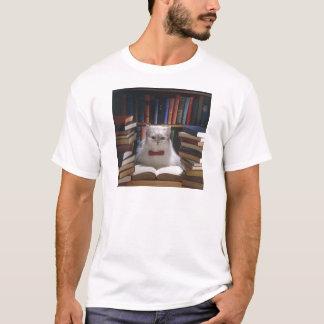 Smart graduation cat T-Shirt