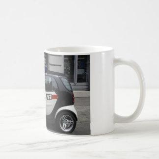 Smart Polizei Auto Coffee Mug