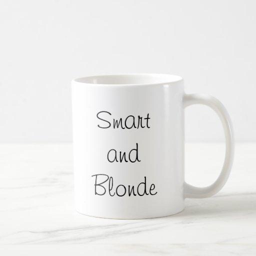 Smart y Blonde Taza Clásica