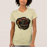 Smaug - nunca ría el gráfico del logotipo camisetas