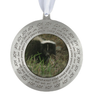 Smelly Skunk Round Pewter Ornament