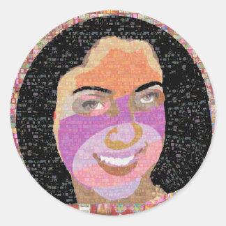 Smile and Kill :    Princess SONA Roopa Classic Round Sticker