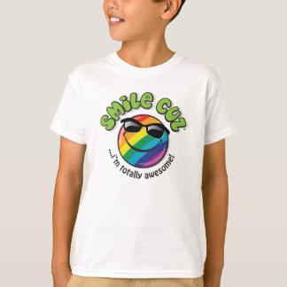 smile cuz ...i'm totally awesome! T-Shirt