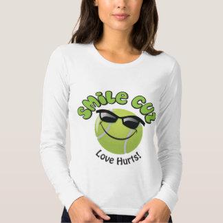 smile cuz  Love Hurts! T Shirt