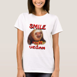 smile if you are a vegan. T-Shirt