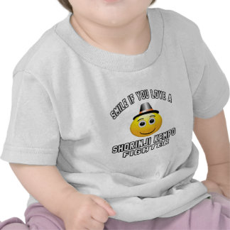 Smile if you love SHORINJI KEMPO Fighter Tshirts