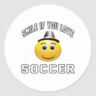 Smile if you love Soccer. Classic Round Sticker