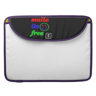smile its free sleeve for MacBook pro