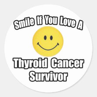Smile...Love a Thyroid Cancer Survivor Classic Round Sticker