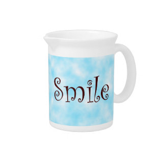 Smile-pitcher Beverage Pitcher