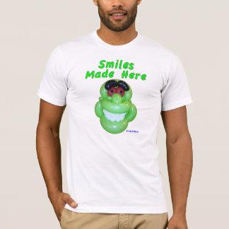 Smiles Made Here Smiling Green Monster Balloon Art T-Shirt