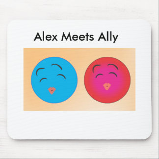 Smiley Alex And Ally With Kissing lips Mouse Pad