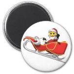 Smiley amarillo de santa en su trineo del navidad imán redondo 5 cm