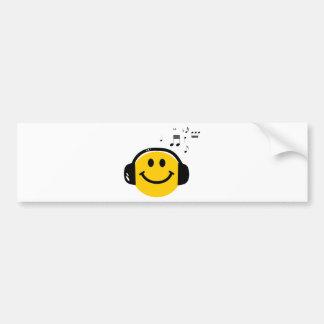 Smiley cariñoso de la música pegatina de parachoque