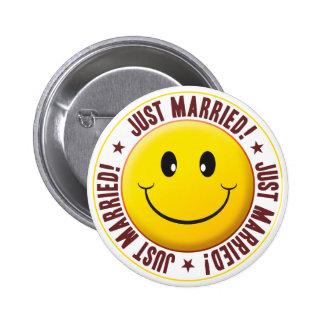 Smiley casado pin
