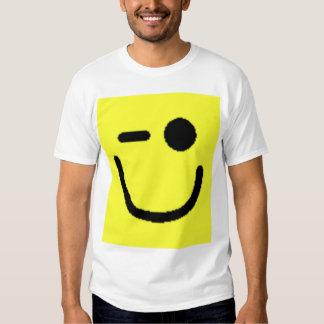 Smiley clasificados coloridos (véase la camisas