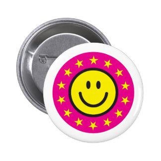 Smiley con las estrellas del amarillo - rosa pin redondo de 2 pulgadas