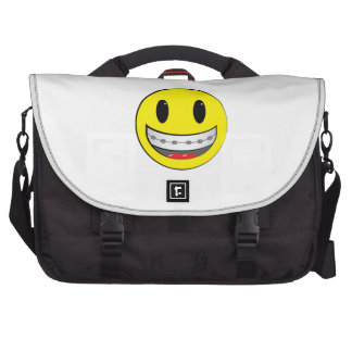 Smiley con los apoyos bolsas de portatil
