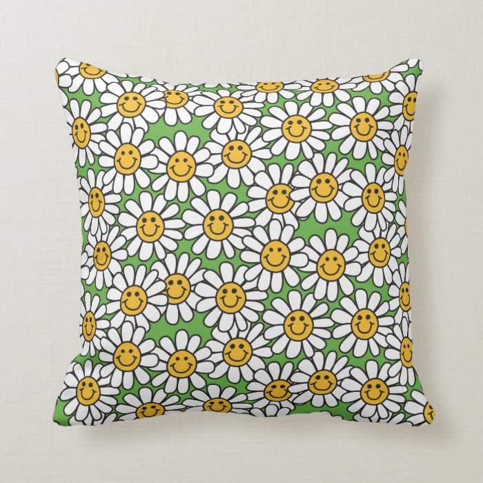Smiley Daisy Flowers Pattern Throw Pillow