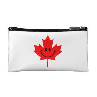 Smiley de Canadá - una cara sonriente en arce rojo