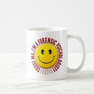 Smiley de la confianza del psicólogo forense taza básica blanca