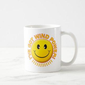 Smiley de la energía eólica tazas de café