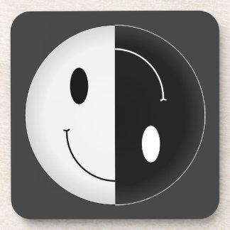 Smiley de Yin Yang Posavasos