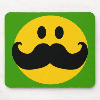 Smiley del bigote (color de fondo adaptable) mousepad