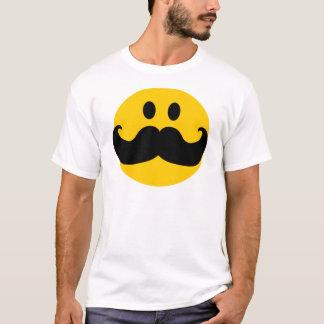 Smiley del bigote (color de fondo adaptable) playera