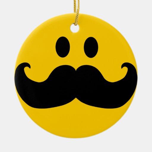 Smiley del bigote ornato