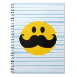 Smiley del bigote libretas espirales