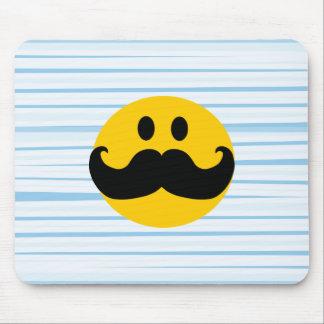 Smiley del bigote mousepads