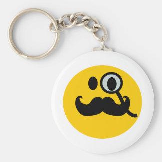 Smiley del monóculo y del bigote (backgrnd adaptab llavero redondo tipo pin