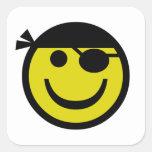 Smiley del pirata calcomanías cuadradass
