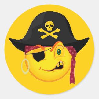 Smiley del pirata de Halloween Etiquetas Redondas