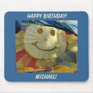 ¡Smiley, feliz cumpleaños! Mouse Pads