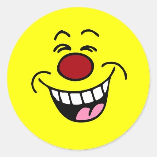 Smiley sonriente de la cara que imita pegatina redonda