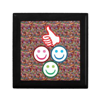 SMILEY y pulgares PARA ARRIBA: CARAS FELICES Cajas De Regalo