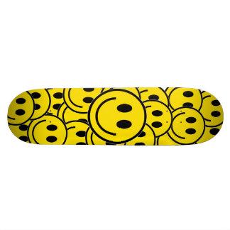 Smilie Face Cruiser Skateboard