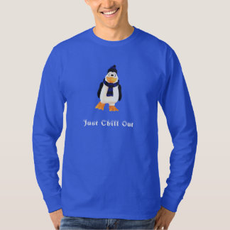 Smiling 3D Penguin Character Winter Snow Chill Out T-Shirt