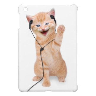 smiling cat with headphones iPad mini case