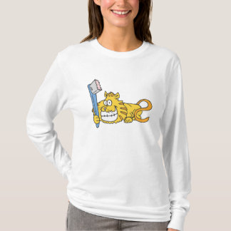 Smiling cat with toothbrush T-Shirt