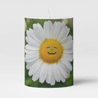 Smiling Daisy Pillar Candle