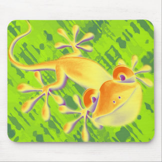 Smiling Gecko - green pattern Mouse Pad