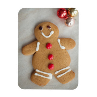 Smiling gingerbread man magnet